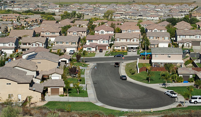 Photo of Owners hang on to homes and units longer, RP Data