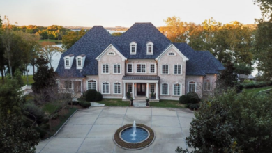 Kelly Clarkson sells Tennessee home